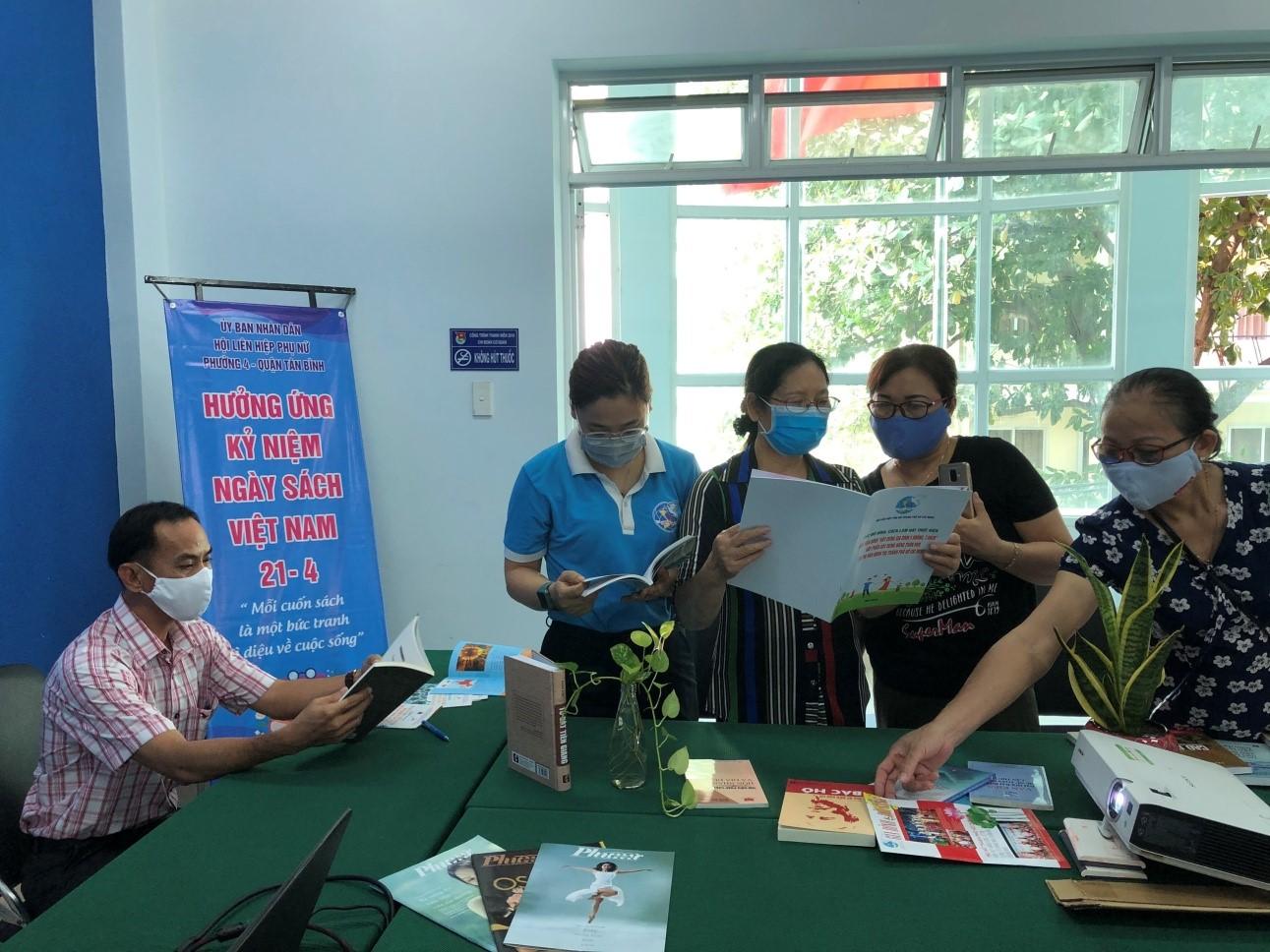 Phường 4: Tổ chức các hoạt động tuyên truyền Ngày sách Việt Nam (21/4)